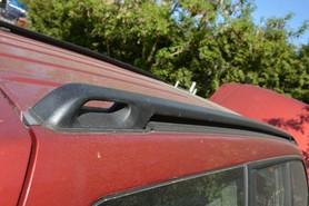 Relingi dachowe kpl Subaru Forester 98 02