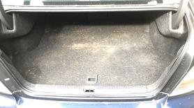Tapicerka bagażnika Subaru Legacy 04 06 sedan