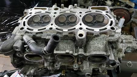 Głowica lewa kpl Subaru Legacy Outback 3.0 H6 EZ30 (8)
