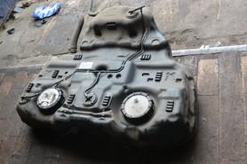 Zbiornik paliwa bak Subaru Legacy 09 13