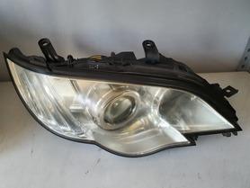 21 Lampa przód prawa Subaru Legacy IV Outback lift