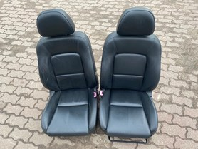 Fotele wnętrze Subaru Outback 2,5 06