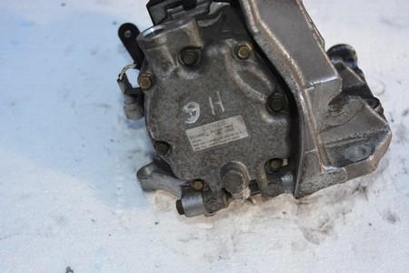 Sprężarka klimatyzacji Subaru Legacy 3.0 H6 2004 (2)