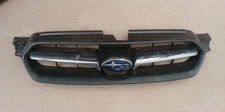 Atrapa Grill Subaru Legacy IV 2.0 2004 2005 2006 (1)